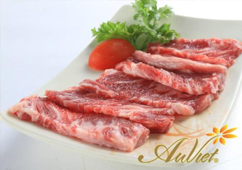 Thực phẩm gây sẹo - Thịt bò